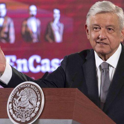 AMLO se deslinda del fallido registro de México Libre y critica a 'políticos hipócritas'