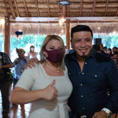 Evento proselitista más que un informe de actividades legislativas realiza en Cancún la diputada Erika Castillo