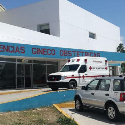 ACTUALIZACIÓN | Mujer embarazada ingresa al Hospital General tras ser agredida por su exesposo en Playa del Carmen; resultó policía municipal