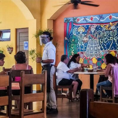 Espera sector restaurantero aumentar ventas, tras el cambio a semáforo amarillo en Cozumel