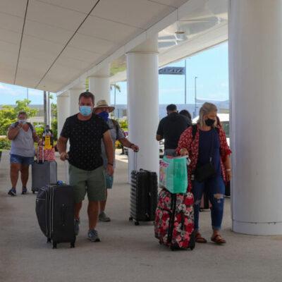 Anuncian 12 nuevas rutas aéreas hacia Cancún y Cozumel