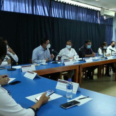 Se reúne Román Meyer con Carlos Joaquín y presidentes municipales para analizar el arranque de obras del Tren Maya en QR