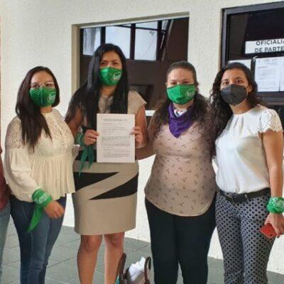 MUJERES ALZAN LA VOZ CONTRA INICIATIVA DEL CONGRESO DE QR: Integrantes del 'Colectivo Marea Verde' se pronuncian contra el llamado Pin parental, promovido por Eduardo Martínez Arcila