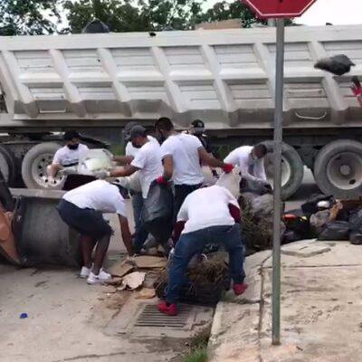 ¡NO SE DAN ABASTO ANTE EL COLAPSO DE LA RECOLECCIÓN!: Personal del Ayuntamiento se queda corto ante gran cantidad de basura en las calles de Cancún