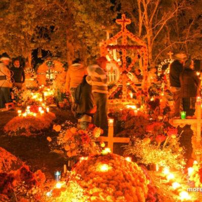 Michoacán da a conocer protocolo sanitario para la celebración de la Noche de Muertos
